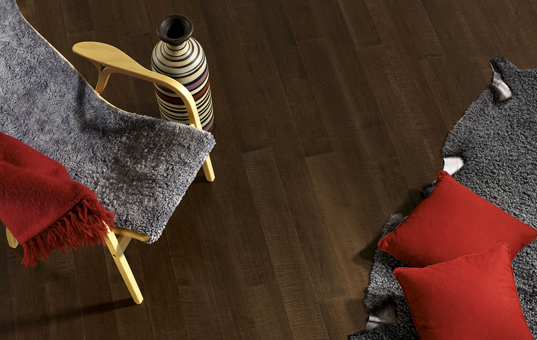 Piso de madera para cocina o sala marca Kährs