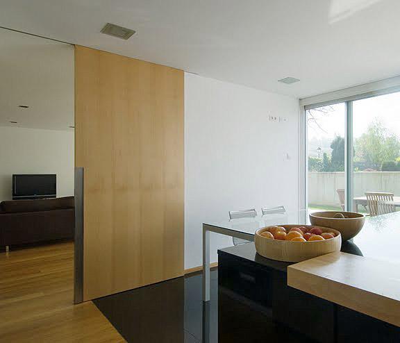 Ofrecemos otros acabados como aplicaciones para puertas for Aplicacion para disenar cocinas