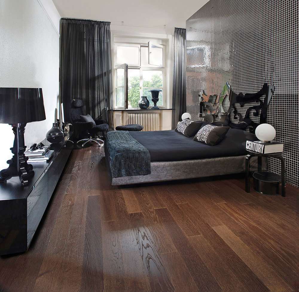 Pisos de madera pisos laminados y porcelanatos for Decoracion piso oscuro